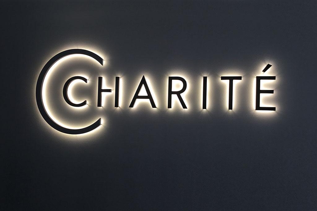altay-werbung-charite-Nacht
