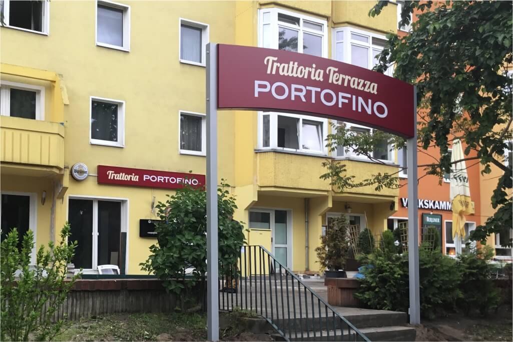 Altay Werbung_LED-Formleuchtkasten_Haube_Trattoria Portofino