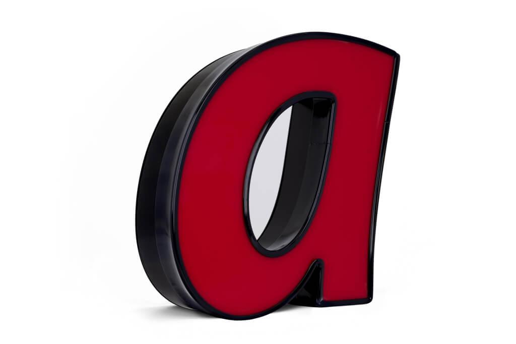 Altay Werbung_LED-Leuchtbuchstaben_Profil 05_50mm_rot_unbeleuchtet