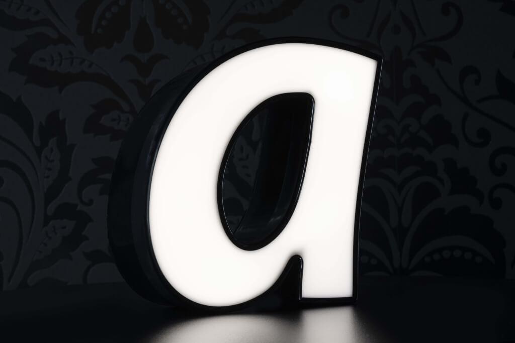 Altay Werbung_LED-Leuchtbuchstaben_Profil 05_70mm_weiß_beleuchtet