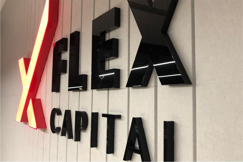 Altay Werbung_Buchstaben_Acrylox_Flex Capital