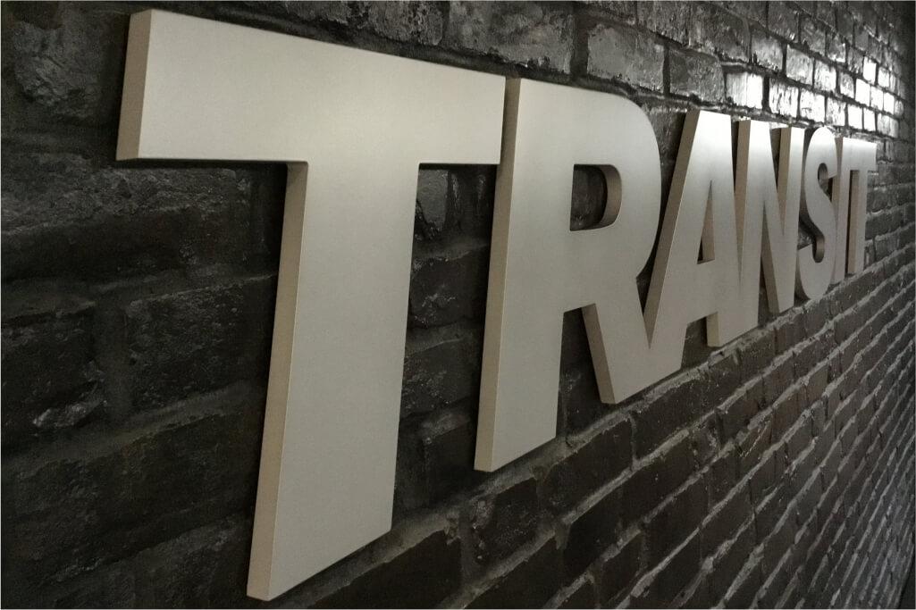 Altay Werbung_Buchstaben_PVC_Transit_1