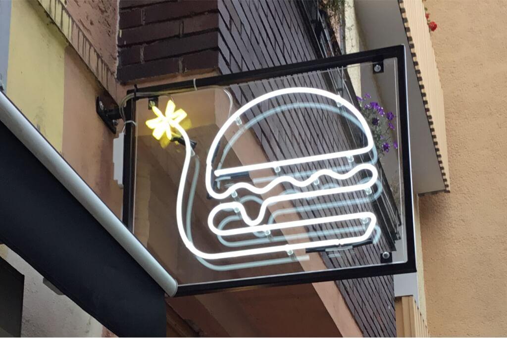 Altay Werbung_Neon_Acrylglas_Burger