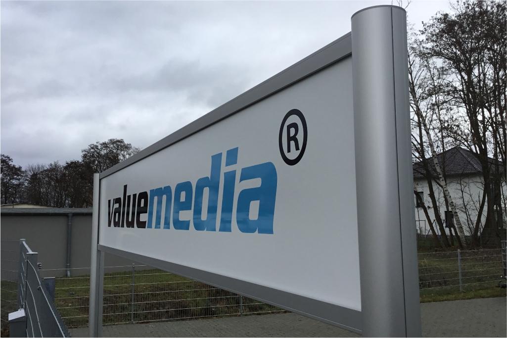 Altay Werbung_Schilder_Aluverbund_Valuemedia