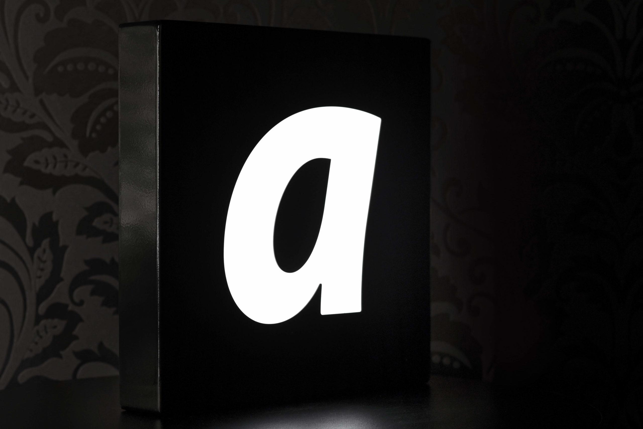 Leuchtkasten_Profil_01_60mm_4mm hinterlegt_leuchtend